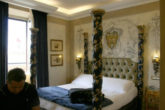 Veneto Palace Hotel: Our room