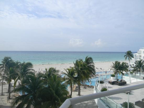 Playacar Palace: View from room