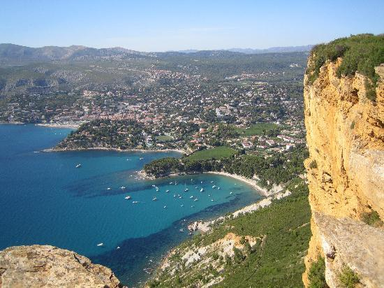 Discover Provence-Day Tours: Mediterranean Coast