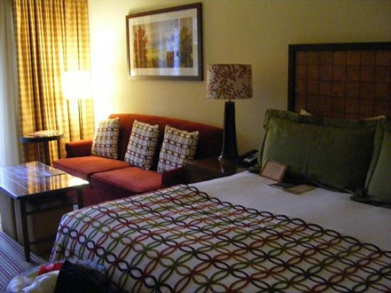 Stowe Mountain Lodge: Bed/Sitting Area