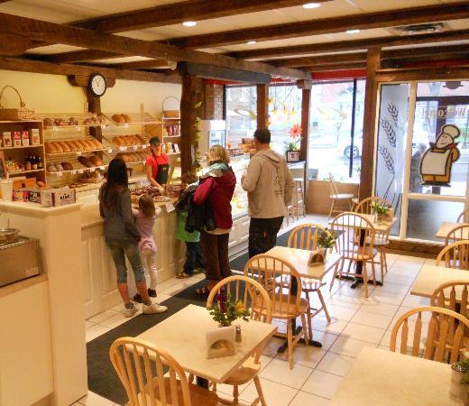 Schat bakery & Cafe: interior