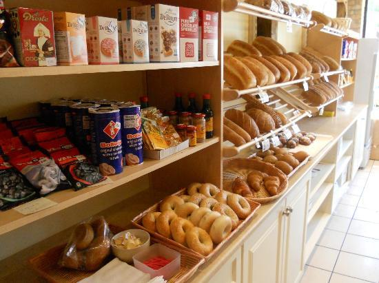 Schat bakery & Cafe: Dutch products