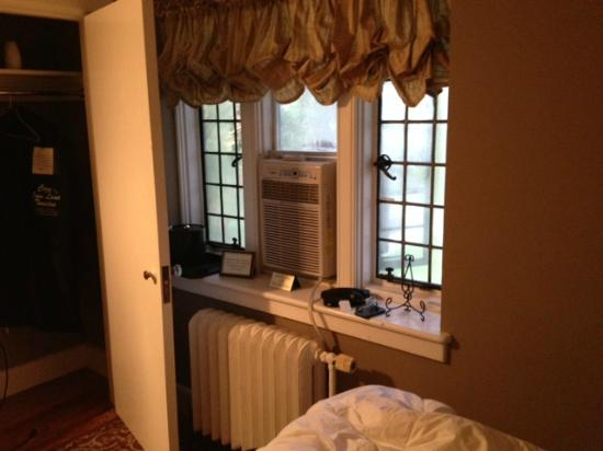 The Castle at Skylands Manor: Window A/C unit