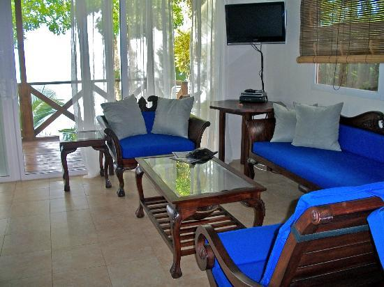 "Popa Paradise Beach Resort: Typical Balinese casita furnishings.... ""barefoot luxury"""