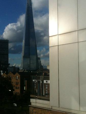 Premier Inn London Tower Bridge Hotel: View of Shard from window