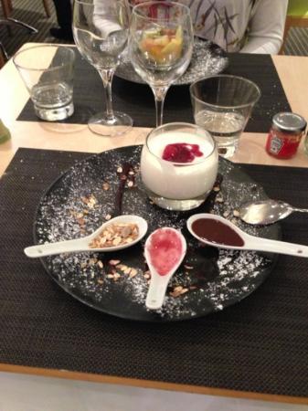Novotel Nice Arenas Aeroport: dolce del ristorante