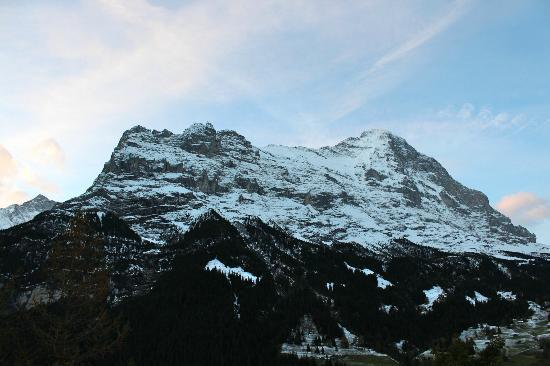 Grand Hotel Regina Grindelwald: Eiger from the room