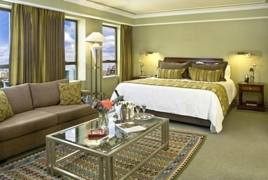Regal Pacific Hotel: room