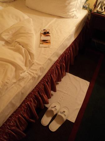 Le Palais Art Hotel Prague: changement des draps le soir