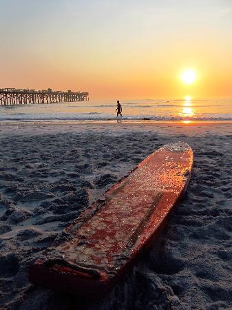 Flagler Beach, FL: Great beach for surfing