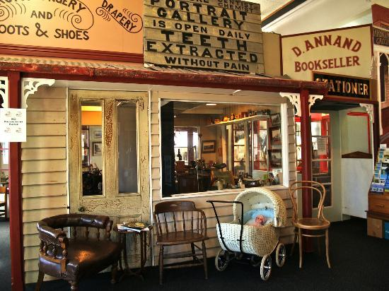 Central Hawke's Bay Settlers Museum: dentist care at the museum