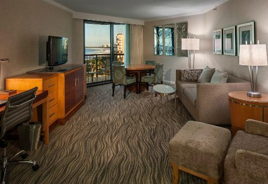 Hilton Marco Island Beach Resort--CLOSED FOR RENOVATIONS; REOPENING DEC. 1, 2017: One Bedroom Suite Living Room