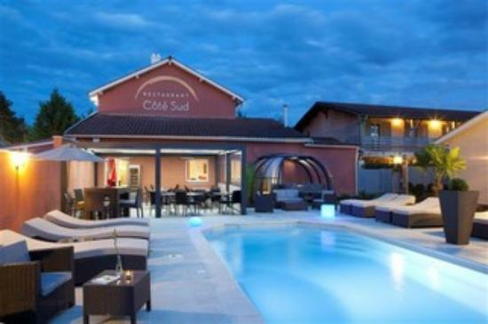Les pierres dor es hotel amberieux france voir les for Hotel a dieppe avec piscine