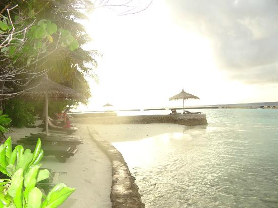 Ellaidhoo Maldives by Cinnamon: view from our beach hut into the sun set