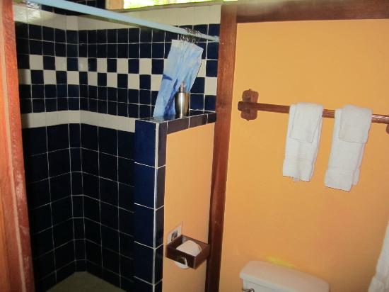 Casa Cayuco : Delphin bathroom