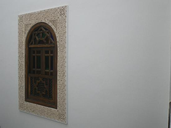 Dar Fes Medina: Interior window