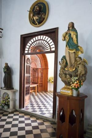 Cathedral of San Isidoro (La Catedral de San Isidro): Catedral de San Isidoro, Holguin, Cuba.
