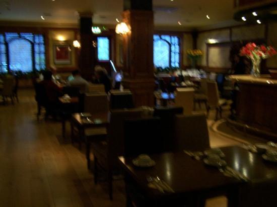 Victoria Hotel: Restaurant