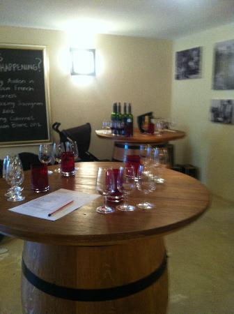 Asara Wine Estate & Hotel: Winetasting room