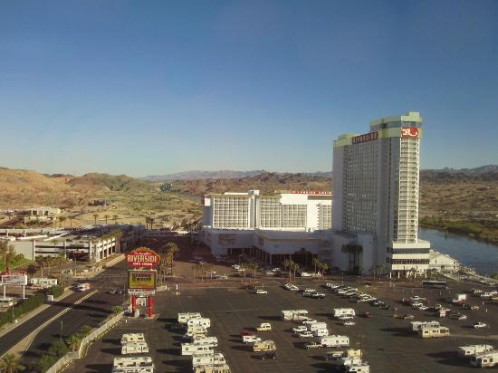 Aquarius Casino Resort: looking north