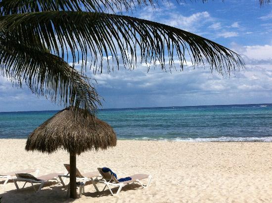 Petit Lafitte: Quiet and sunny beach