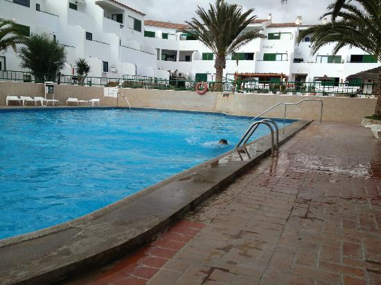 Apartments Alondras Park: the main pool, there were two smaller ones for little ones
