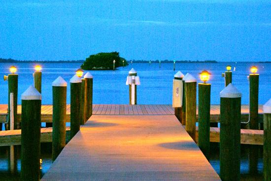 Tarpon Lodge Restaurant: Tarpon Lodge marina