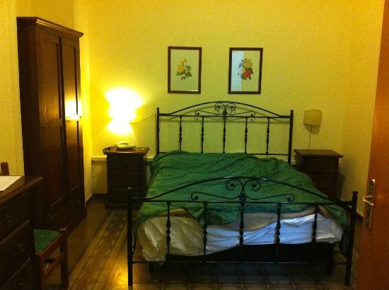 Hotel del Centro: Room