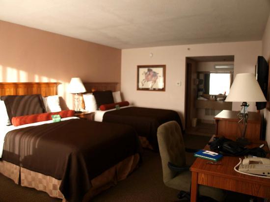 بست وسترن بلس سادلباك إن آند كنفرنس سنتر: Nice color scheme, pleasant room.