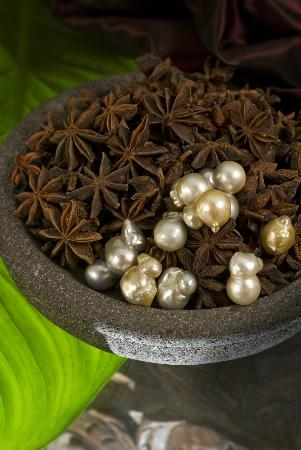 Jamu Body Treatments: Traditional Spices Massage Oils