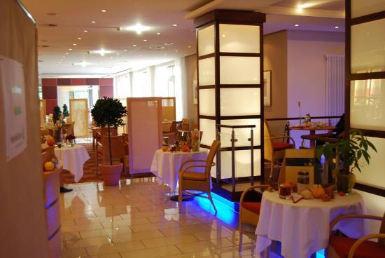 Best Western Premier Castanea Resort Hotel: Restaurant und Frühstückzimmer