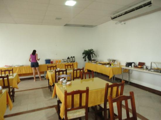 Hotel Balneario Cabo Frio: Area do cáfe
