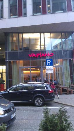 Vapiano Hamburg Hohe Bleichen: Not the greatest of views