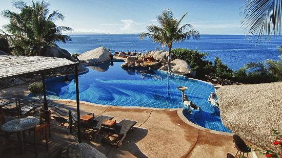 Jamahkiri Resort & Spa: The amazing pool.
