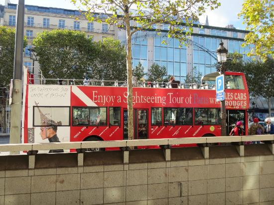 Big Bus Paris: The bus 