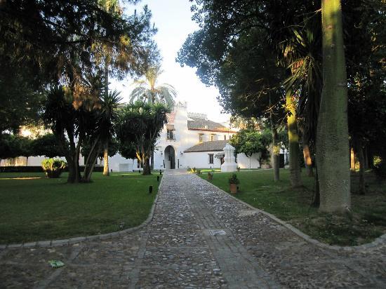 El Bulli Hotel - Hacienda Benazuza: 正門