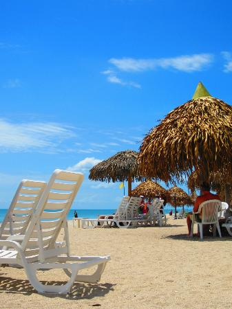 Royal Decameron Beach Resort, Golf & Casino: The beach!