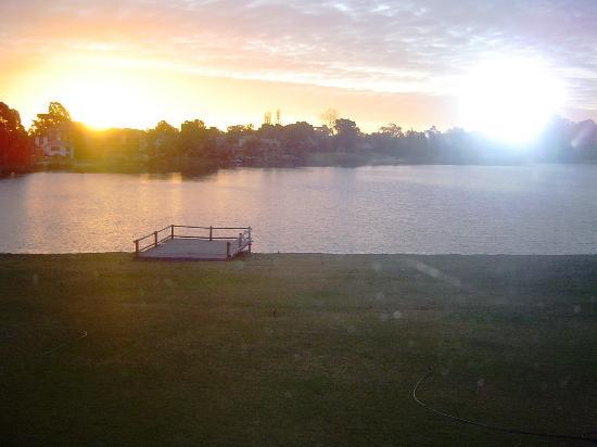 Howard Johnson Carrasco: Lago