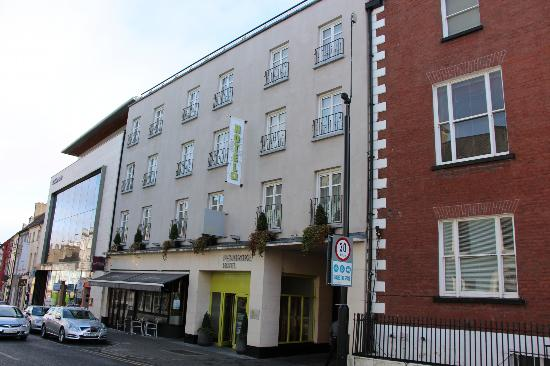 Pembroke Hotel: street view