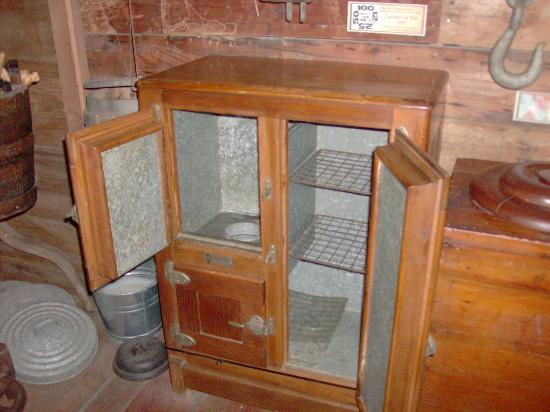 The Oldest Store Museum: The latest in refrigeration at the turn of the century