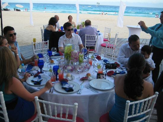 ME Cancun: Dinner Reception