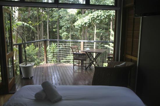Azabu Boutique Accommodation Byron Bay: king room