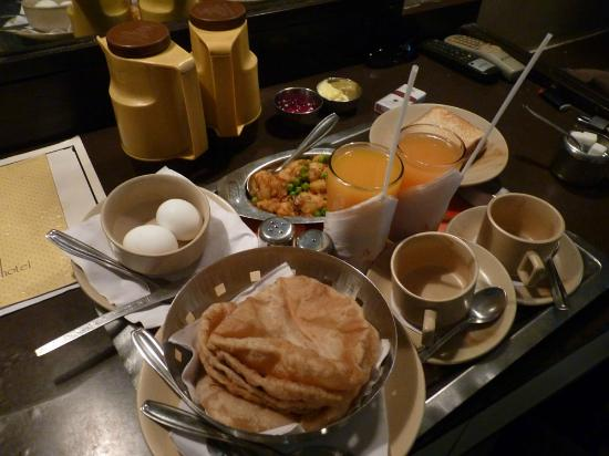 Strand Hotel: breakfast