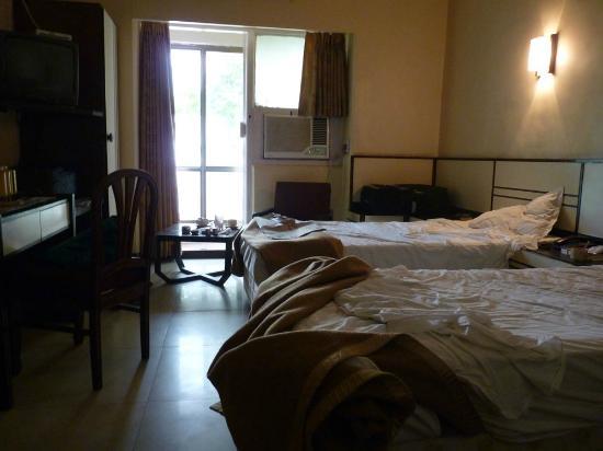 Strand Hotel : Chambre
