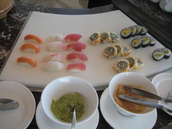Focaccia - Hyatt Regency Dubai: sushi