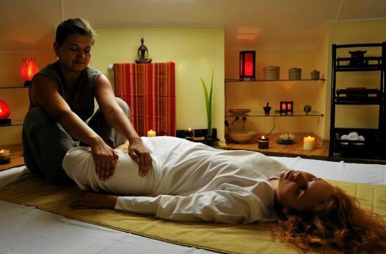 Seasons SPA Boutique Hotel : Thai massage