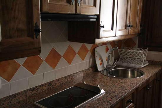 Casas Cueva El Molino de Fuencaliente con cocina equipada