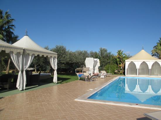 Villa Sogno Charme e Relax Selinunte: Pool area