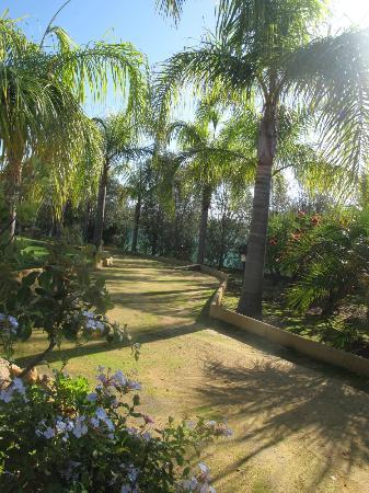 Villa Sogno Charme e Relax Selinunte: path to paradise
