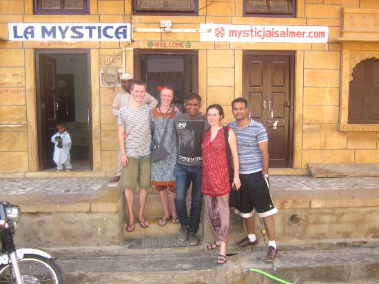 Mystic Jaisalmer Hotel: Saying our goodbyes as we left